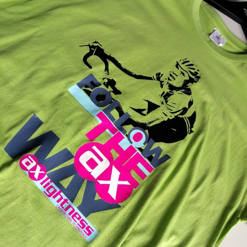 2511328922e32 ... großflächiger Transferdruck auf T-Shirts · Custom Made ...
